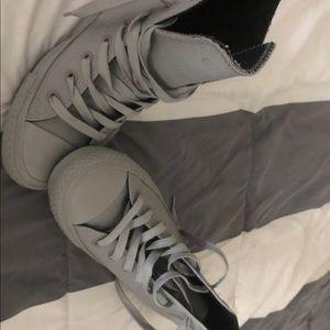 Men grey converse